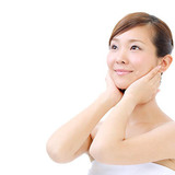 リンパマッサージで顔のむくみが取れる驚きの方法とは?