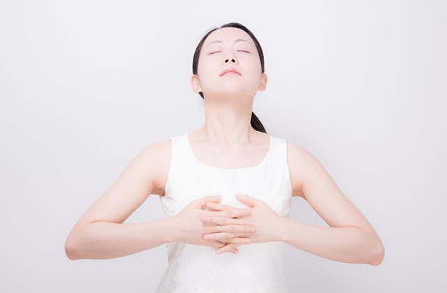あがり症を腹式呼吸で改善!緊張を和らげる呼吸法とは