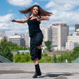 ヒップホップダンスの有名テクニック、ランニングマンを習得するための練習方法